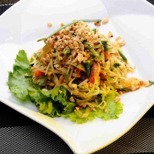 Som-Tum Koong/Chae(Papaya Salad)