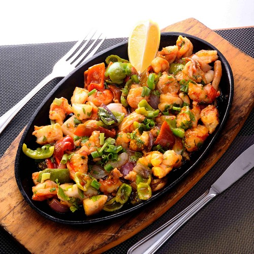 Sizzling calamare and shrimp: